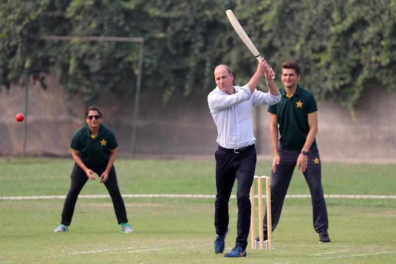 LAHORE, PAKISTAN - OCTOBER 17: Prince William, Duke of Cambridge plays cricket during his visit of the National Cricket Academy during day four of their royal tour of Pakistan on October 17, 2019 in Lahore, Pakistan. The British Council runs the DOSTI program to promote sport as an integral part of child development. (Photo by Chris Jackson/Getty Images)