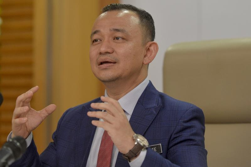 Maszlee Malik said today that by accepting 'corrupted kleptocrats', Bersatu has betrayed the public mandate entrusted to them during the last election. ― Picture by Mukhriz Hazim