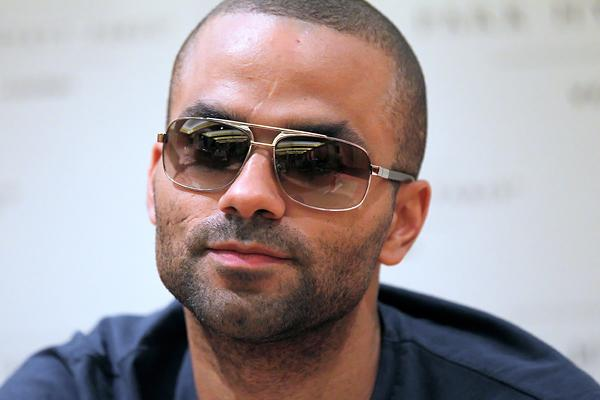 Tony Parker Suing Club Over Injuries in Chris Brown-Drake Brawl