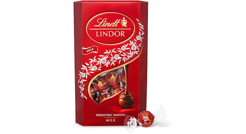 Lindt Lindor Milk Chocolate Truffles Box