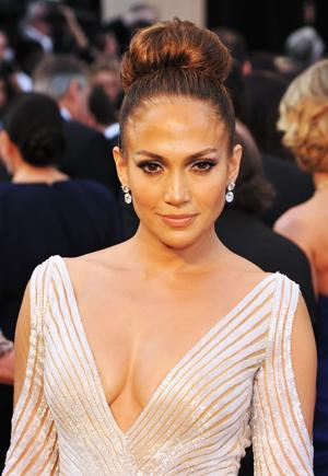 Jennifer Lopez's Oscars Wardrobe Malfunction — Did Her Dress Slip?