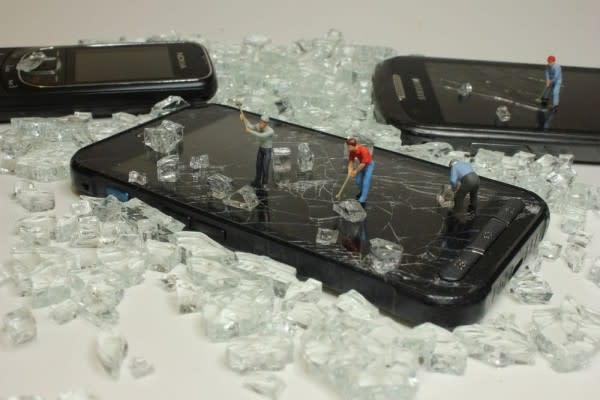 Tidak Hanya Kesehatan, Handphone Juga Perlu Asuransi!