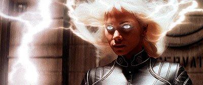 Mutant Mystery: Bryan Singer unsure if Halle Berry will return for 'X-Men: Days of Future Past'