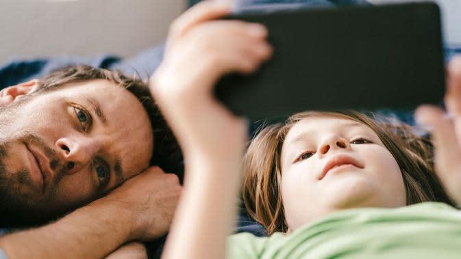 (Orangtua bisa pantau anak bermain gadget/Sumber: families.google.com)