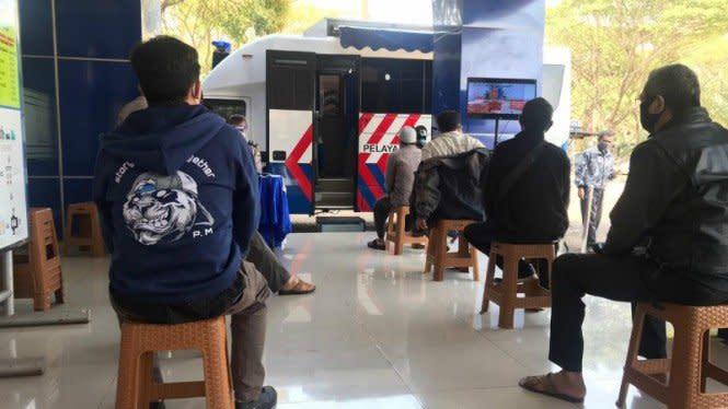 Ribuan Rapid Test Serbu Tempat Pelayanan SIM dan STNK
