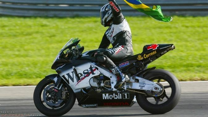 Pebalap asal Brasil, Alex Barros, hanya meraih tujuh kemenangan selama 18 tahun berkarier di MotoGP. (daidegasforum.com)