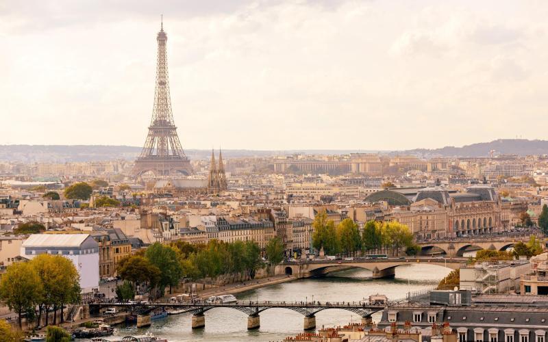 View of the Seine - Alexander Spatari