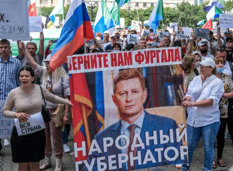 Tens of thousands in fresh anti-Kremlin rally