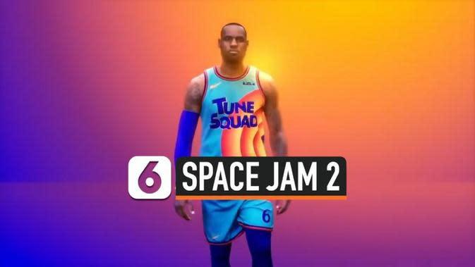 VIDEO: Lebron James Pamer Kostum Basket Space Jam 2
