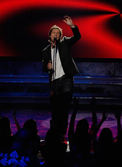 Michael Johns performs as one of the top 12 on the 7th season of American Idol.