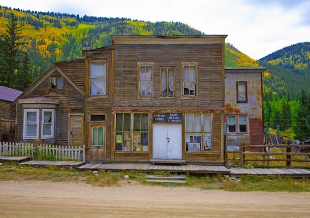 9 spooky ghost towns to visit this fall