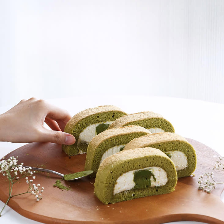 You can send Matcha roll cakes to friends or a birthday from Sunbather Coffee during the MCO — Picture from Kakiyuki's Facebook