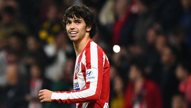 Joao Felix diboyong Atletico pada bursa transfer musim panas 2019. Pemain berusia 20 tahun ini dipinang dengan nilai transfer sebesar 126 juta euro. (AFP/Gabriel Bouys)