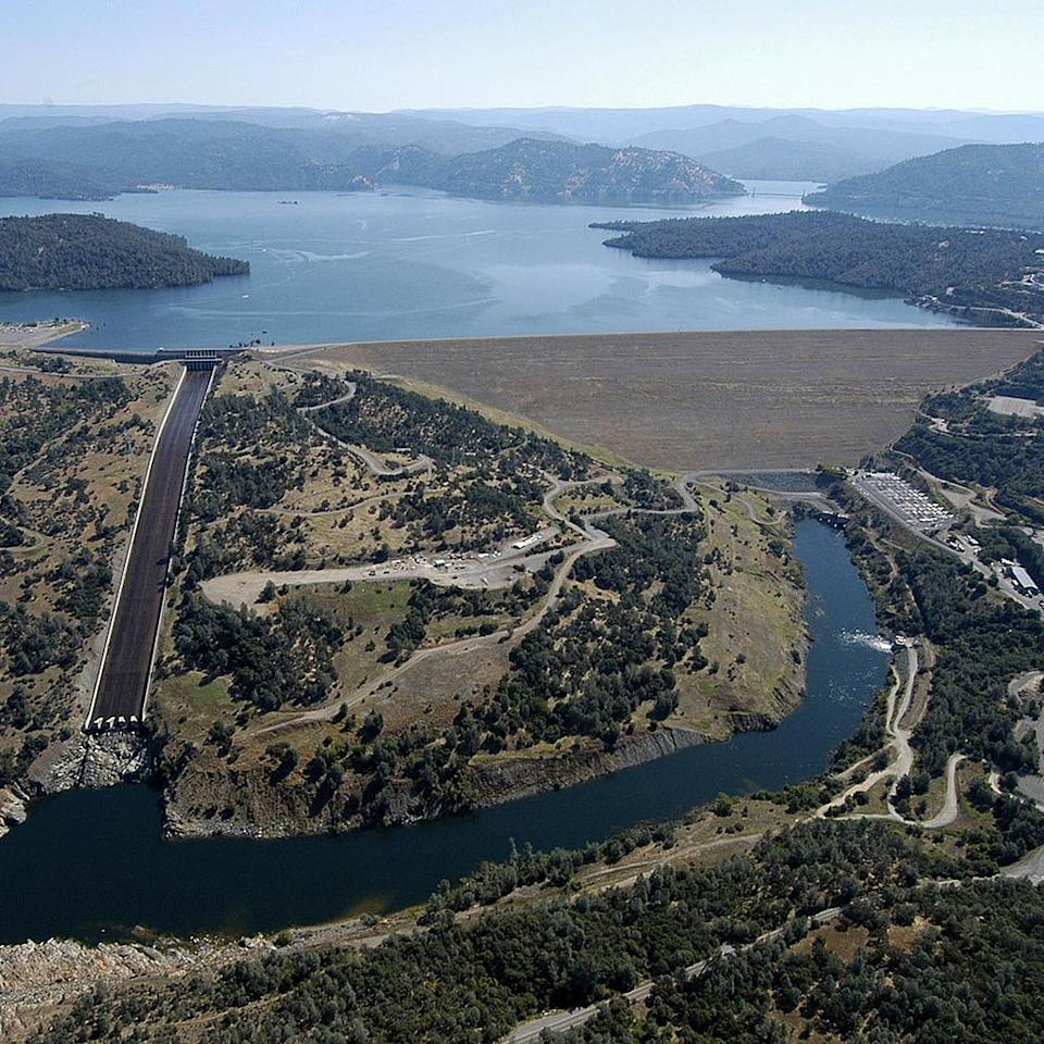 "<p>Forget heavy concrete for a moment—the tallest dam in the U.S. doesn't need it. About 70 miles north of Sacramento along the Feather River in the Sierra-Nevada foothills, this earthfill dam rises <a href=""https://theculturetrip.com/north-america/usa/articles/americas-5-greatest-dams/"" target=""_blank"">770 feet tall</a> and, at the base, has a reach of three quarters of a mile. </p><p>This mound of earth stops up the Lake Oroville reservoir, which offers drinking water, water-based recreation, and hydroelectric power while mitigating flood damage. It was officially dedicated in 1968, seven years since the start of construction—with one giant train wreck during construction that halted all progress for a week. Since then, the Oroville has stood as the country's tallest dam for more than 50 years.<br></p><p><span class=""redactor-invisible-space""></span></p>"