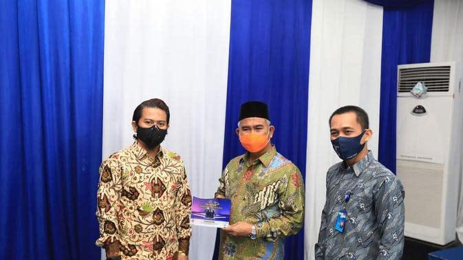 Wali Kota Tarakan dr. Khairul, M. Kes di acara acara Yudisium STMIK PPKIA Tarakanita Rahmawati Tahun 2020/