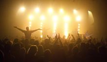 實測!德國為研究新冠病毒如何傳播,砸 3455 萬辦演唱會招募民眾參加