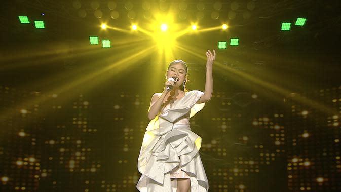 Penampilan terakhir Nurul (Kalimantan Utara) di panggung LIDA 2020 dengan lagu 'Arjunanya Buaya'. (Indosiar)