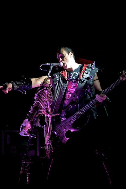The Misfits Rage Through 'Shining' Live - Premiere