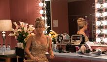 珍妮佛安妮斯頓首度「開金嗓」 入圍葛萊美獎!