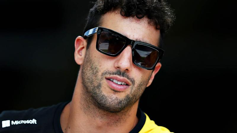 Ricciardo admits struggling with Renault