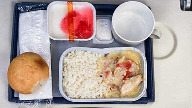 Ilustrasi makanan pesawat (iStock)