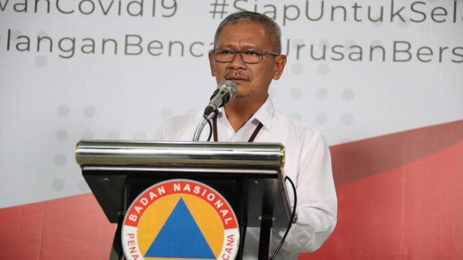 Juru Bicara Penanganan Percepatan COVID-19 Achmad Yurianto saat konferensi pers melalui Live Streaming terkait perkembangan virus Corona di Gedung Graha BNPB, Jakarta pada Rabu (18/3/2020). (Dok Badan Nasional Penanggulangan Bencana/BNPB)