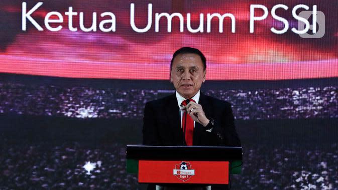 Ketum PSSI Mochamad Iriawan memberikan sambutan saat Launcing Shopee Liga 1 2020 di Hotel Fairmont, Jakarta, Senin (24/2/2020). Shopee Liga 1 2020 yang berlangsung pada 29 Februari hingga 1 November 2020 tersebut diikuti 18 klub terbaik Indonesia. (Liputan6.com/Johan Tallo)