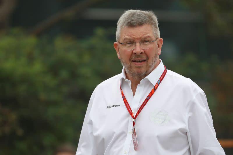 Motor racing: New Mercedes steering wheel is classic F1, says amused Brawn