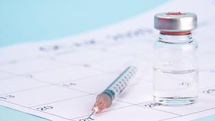 指揮中心訂購AZ疫苗45.8萬劑將於今(10)日下午抵臺
