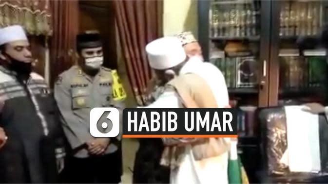 VIDEO: Petugas Satpol PP dan Habib Umar Assegaf Berdamai