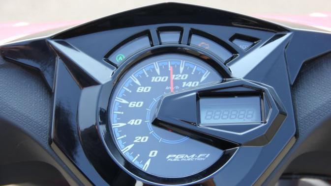 Panel meter all-new Honda BeAT mengkombinasikan model analog dengan digital. (Liputan6.com)