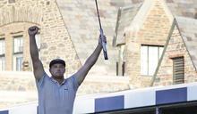 高爾夫》美國公開賽奪冠,迪尚波引領擊球新風潮