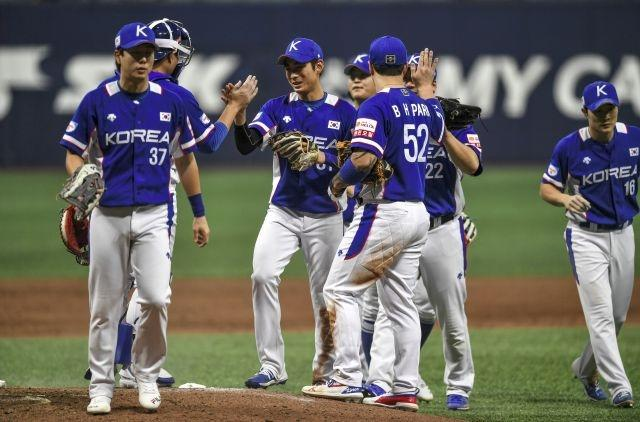 Don't drink, don't cheer: coronavirus curbs hit Korean baseball