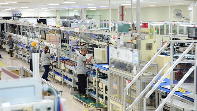 Suasana di Pabrik LG di Cibitung-Bekasi.
