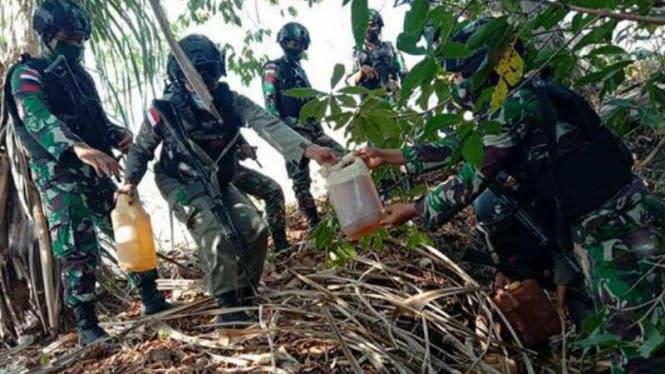 TNI Temukan BBM Pertamina di Semak-semak Perbatasan Timor Leste