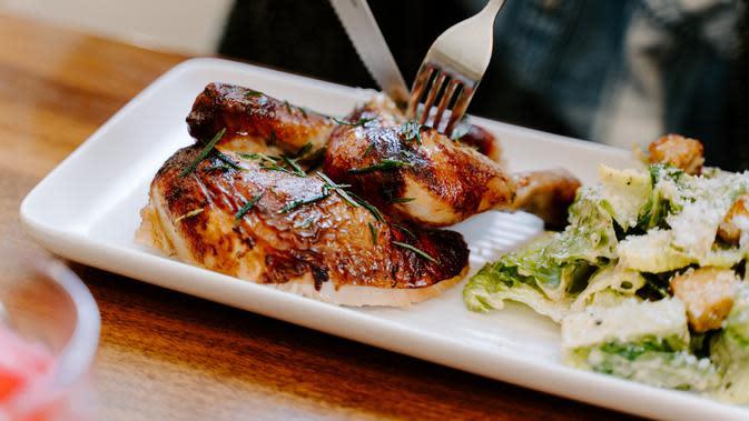 Bistik ayam (sumber: Unsplash)