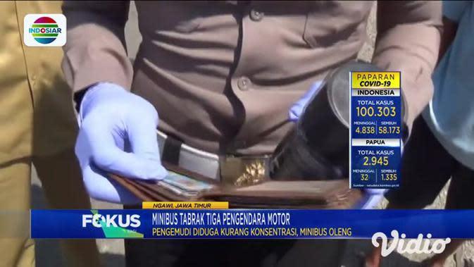 VIDEO: Minibus Tabrak 3 Motor di Ngawi, Seorang Pengendara Tewas