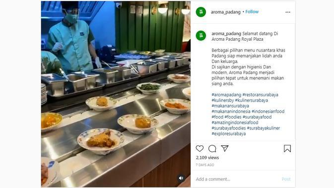 Aroma Padang, restoran khas Padang yang menghadirkan santapan layaknya sushi train. (Screenshot Instagram @ aroma_padang/https://www.instagram.com/p/CGMM-apAtdZ/)