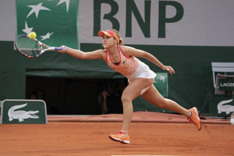 Kenin solves claycourt puzzle as French title looms into view