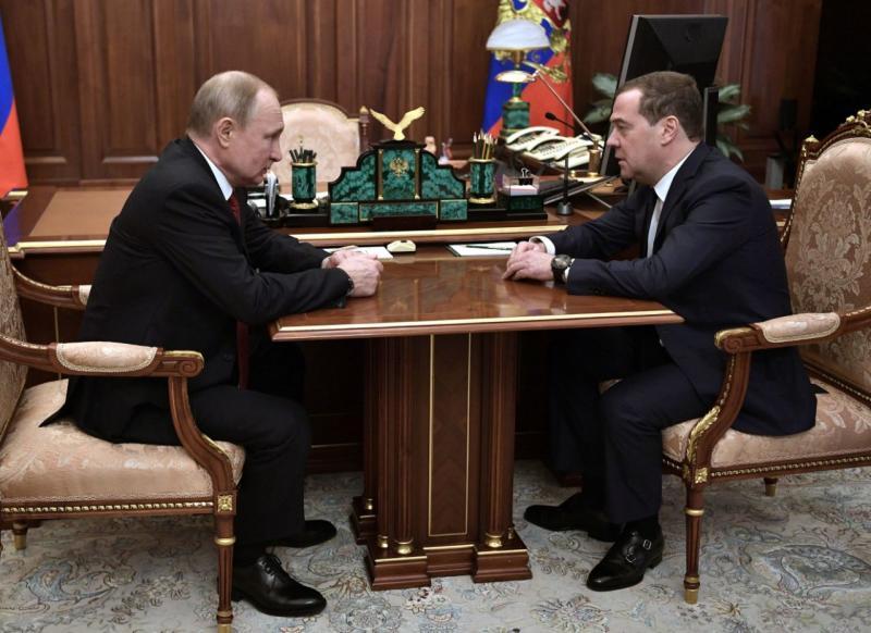 PM Rusia sampaikan pengunduran diri kepada Putin