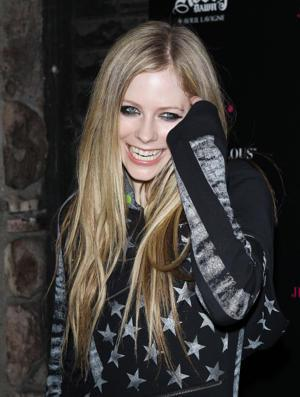 Avril Lavigne & Chad Kroeger Not Just Dating, But Engaged!