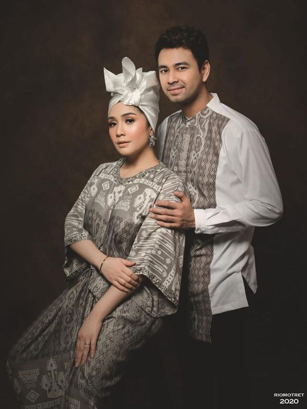 Raffi Ahmad dan Nagita Slavina. (Foto: Rio Motret, dari Instagram @raffinagita1717)