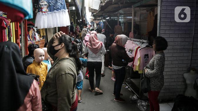Cegah Penyebaran Covid-19, TNI-Polri Siaga di Titik-Titik Pasar Tanah Abang