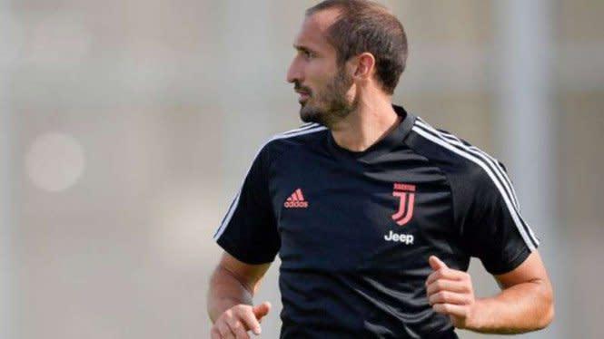 Bek Juventus Berharap Musim Depan Tak Alami Cedera Buruk