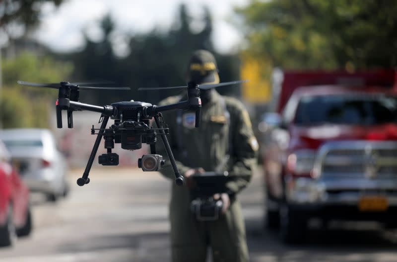 Colombian police use drones to detect high body temperatures