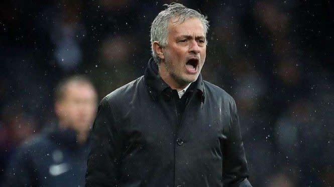 Tottenham Dihantui Jadwal Neraka, Mourinho: Ini Lelucon