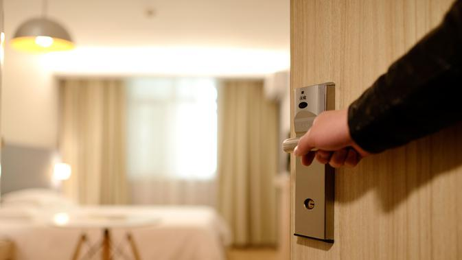 Ilustrasi kamar hotel. (dok. pexels.com/Pixabay)
