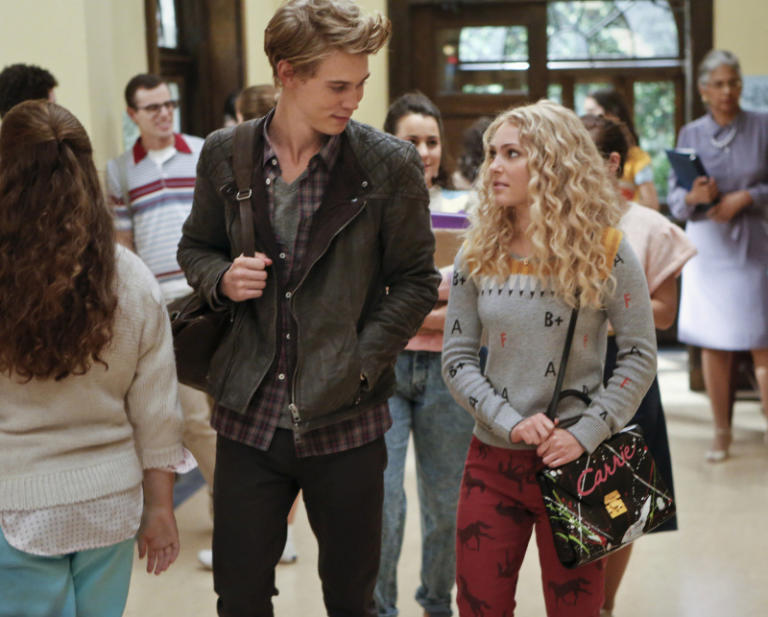"""The Carrie Diaries"" -- ""Lie With Me"""