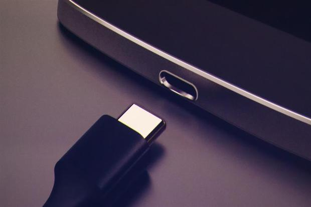android m charging and battery features