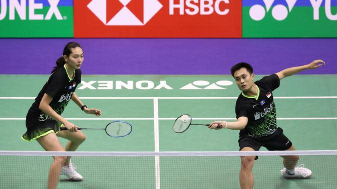 Ganda campuran Indonesia, Hafiz Faizal/Gloria Emanuelle Widjaja berlaga di kejuaraan Hong Kong Terbuka 2019. (Dok. Badminton.org)